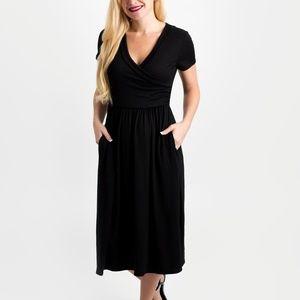 Dresses & Skirts - Short Sleeve Black Dress
